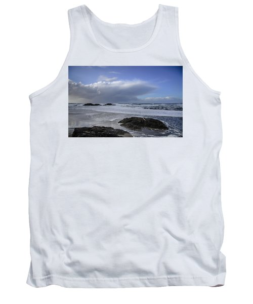 Storm Rolling In Wickaninnish Beach Tank Top by Roxy Hurtubise