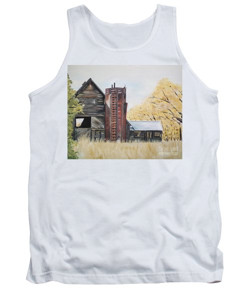 Tank Top featuring the painting Golden Aged Barn -washington - Red Silo  by Jan Dappen