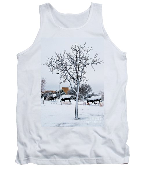 Tank Top featuring the photograph Heritage Grounds by Mae Wertz