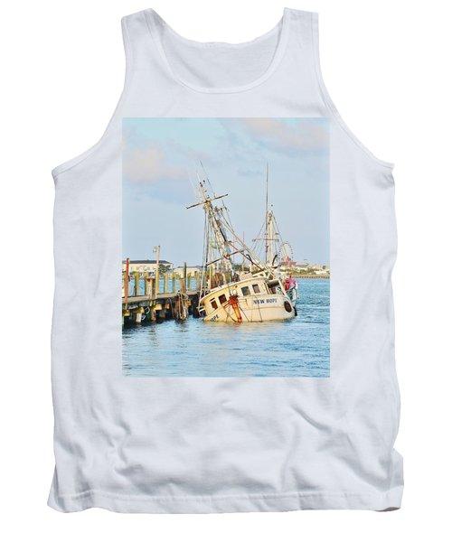 The New Hope Sunken Ship - Ocean City Maryland Tank Top