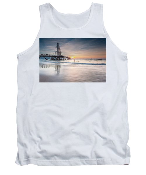 Tank Top featuring the photograph heche en Mexico by Edward Kreis