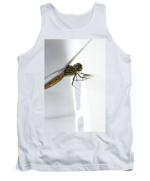 Close Up Shoot Of A Anisoptera Dragonfly Tank Top