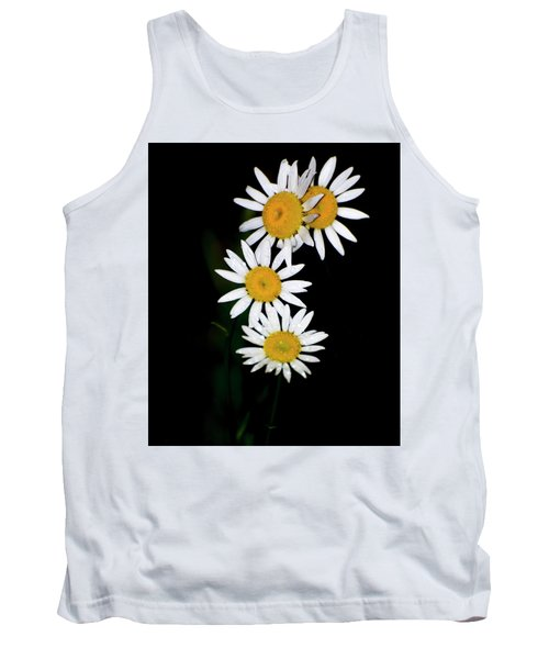 Tank Top featuring the digital art A Group Of Wild Daisies by Chris Flees