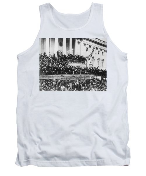 Abraham Lincoln Gives His Second Inaugural Address - March 4 1865 Tank Top
