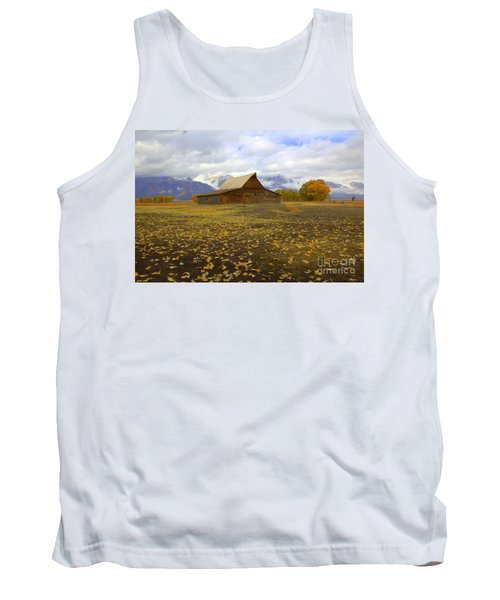 Barn On Mormon Row Utah Tank Top