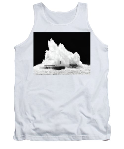 Big Wave Breaking On Breakwater Tank Top