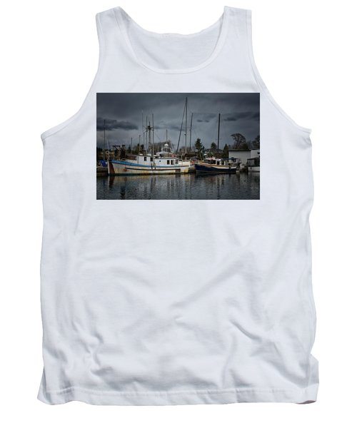 Tank Top featuring the photograph Camjim by Randy Hall