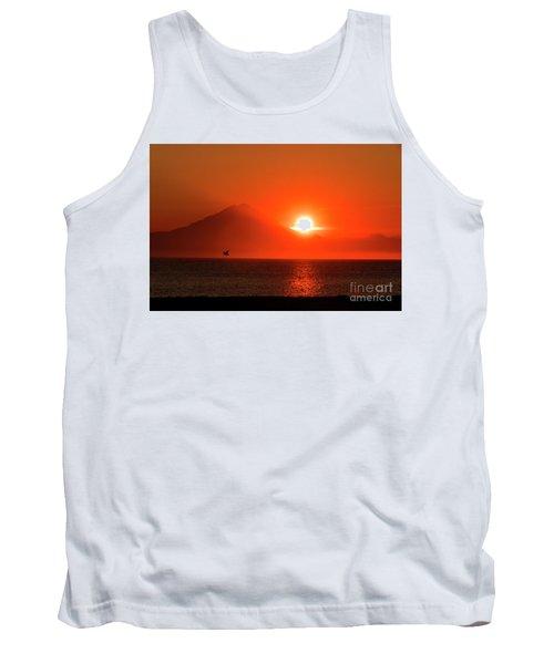 Firey Sunset On Mt Redoubt Volcano Alaska Tank Top