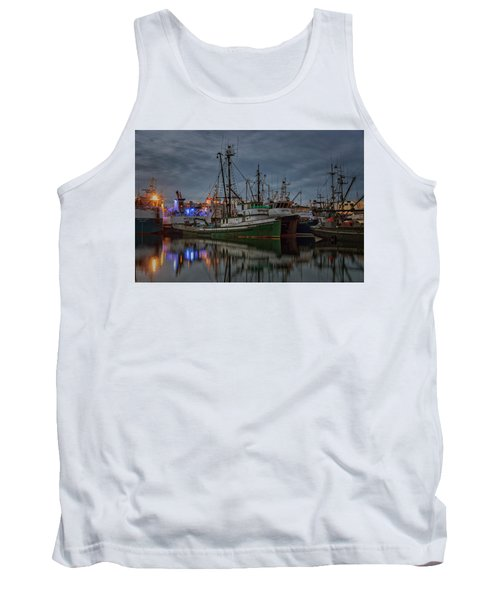 Tank Top featuring the photograph Full House 2 by Randy Hall
