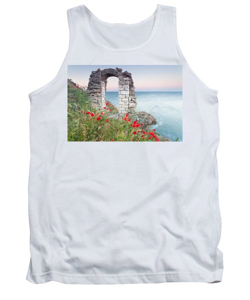 Gate In The Poppies Tank Top