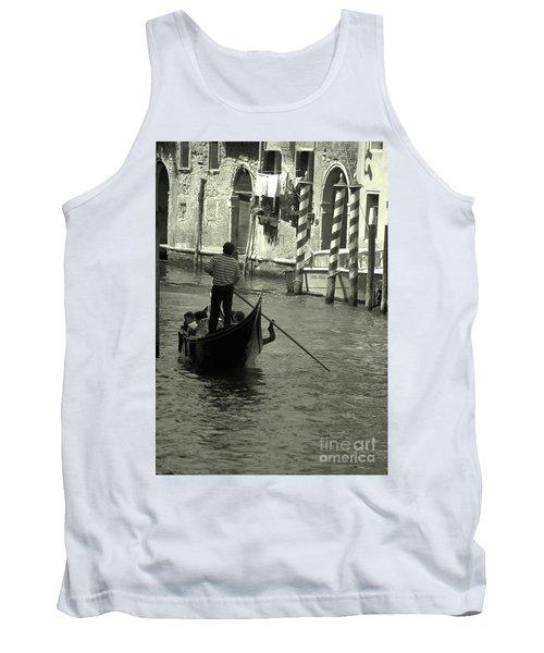 Gondolier In Venice   Tank Top