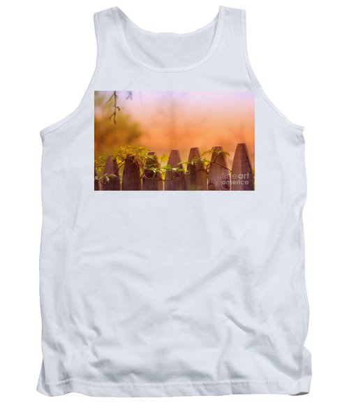 Look Beyond The Boundary Tank Top