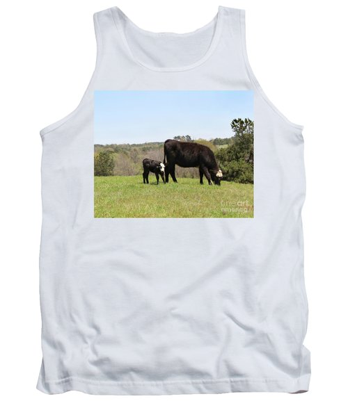Mama Cow And Calf In Texas Pasture Tank Top