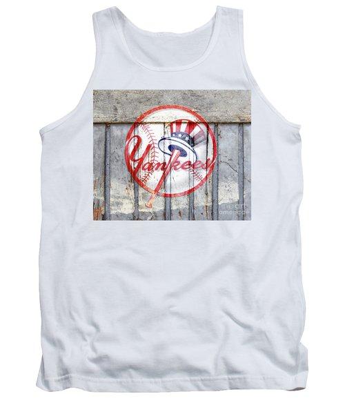 New York Yankees Top Hat Rustic 2 Tank Top