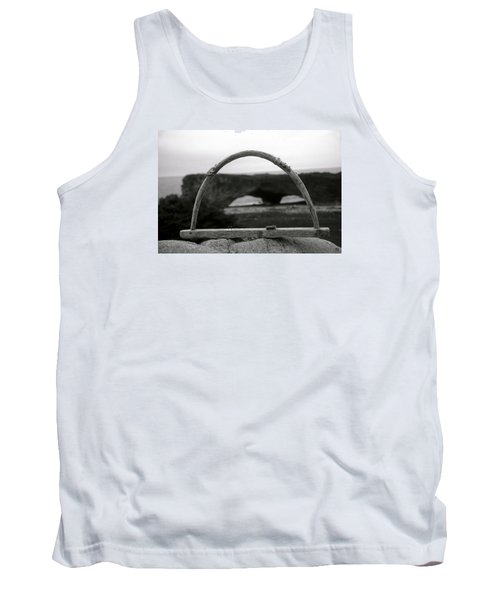 Newfoundland Arches Tank Top