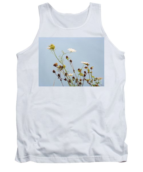Queen Anne's Lace And Dried Clovers Tank Top