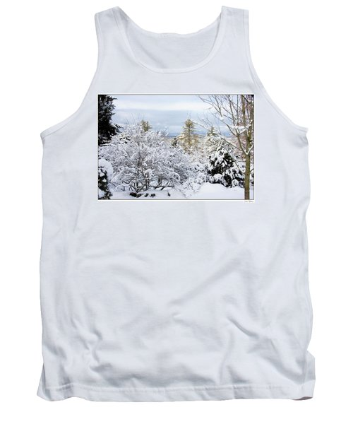 Tank Top featuring the photograph Saratoga Winter Scene by Lise Winne