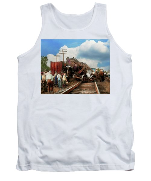 Train - Accident - Butting Heads 1922 Tank Top by Mike Savad