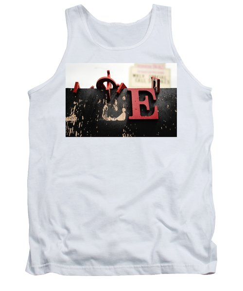 What Rhymes With E Tank Top