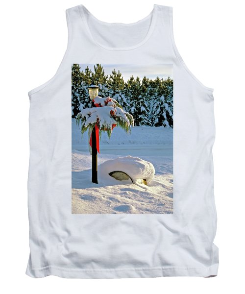 Winter Lamp Post In The Snow With Christmas Bough Tank Top