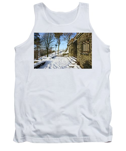 30/01/19  Rivington. Summerhouse In The Snow. Tank Top