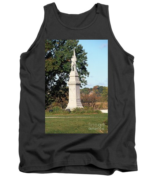 30u13 Hood Park Monument To Civil War Soldiers And Sailors Photo Tank Top