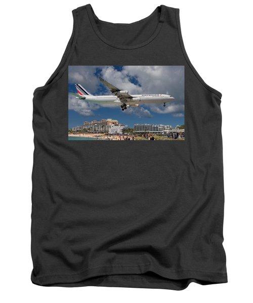 Air France Landing At St. Maarten Tank Top