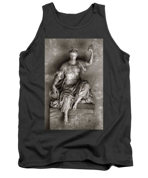 Bargello Sculpture Tank Top