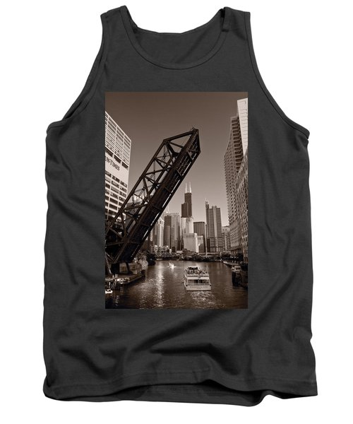 Chicago River Traffic Bw Tank Top