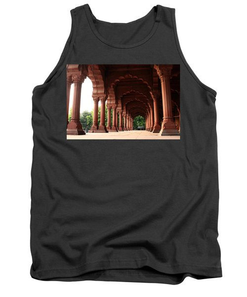 Engrailed Arches, Red Fort, New Delhi Tank Top