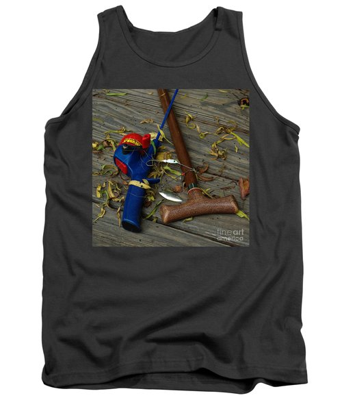 Tank Top featuring the photograph Heart Strings by Peter Piatt