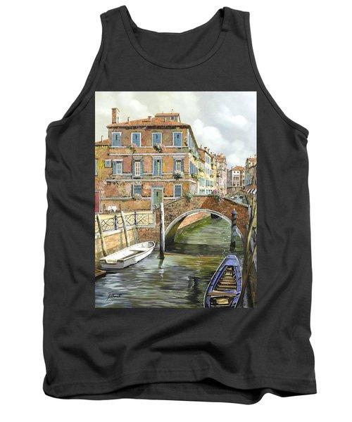 Le Barche Sotto Il Ponte Tank Top