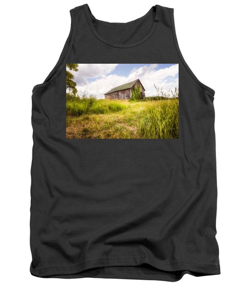 Tank Top featuring the photograph Old Barn In Ontario County - New York State by Gary Heller