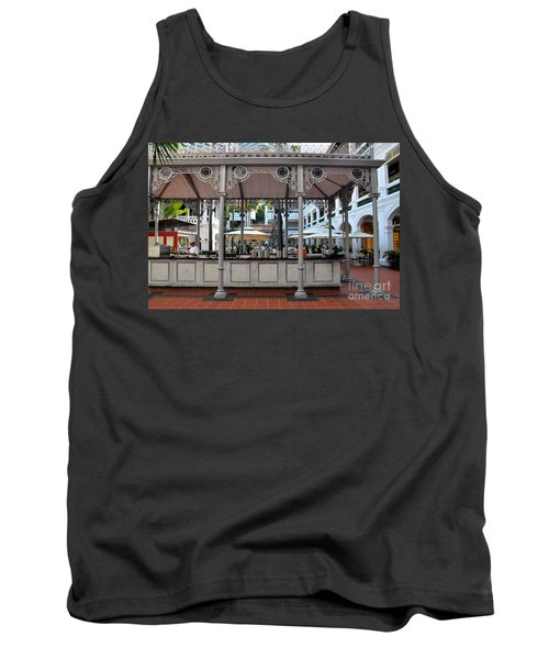 Raffles Hotel Courtyard Bar And Restaurant Singapore Tank Top by Imran Ahmed