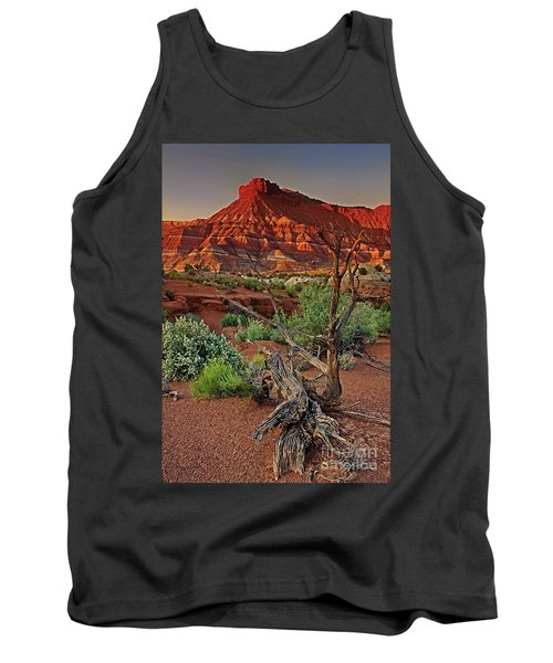 Tank Top featuring the photograph Red Rock Butte And Juniper Snag Paria Canyon Utah by Dave Welling