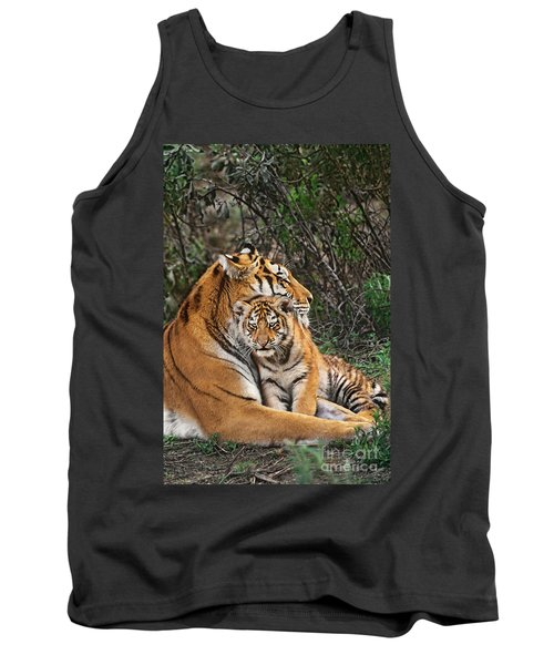 Siberian Tiger Mother And Cub Endangered Species Wildlife Rescue Tank Top by Dave Welling