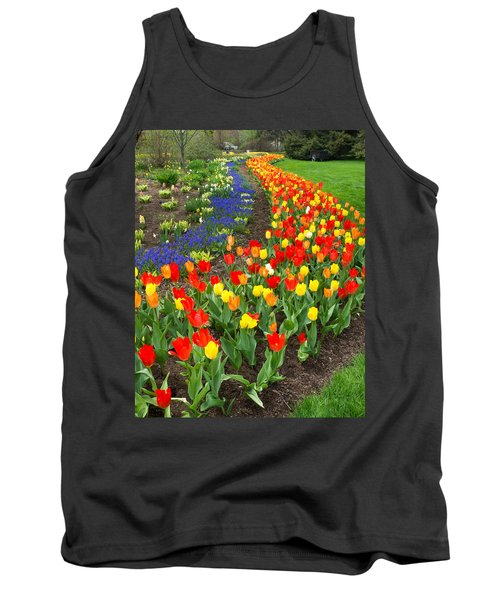 Spring Streaming By Tank Top