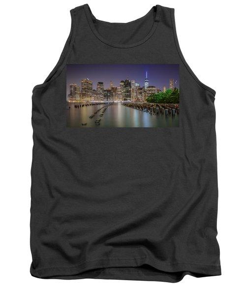 The City That Never Sleeps 16 9 Aspect Tank Top