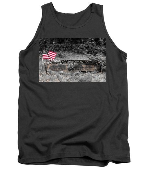 Tank Top featuring the photograph Usmc Veteran Headstone by Sherman Perry