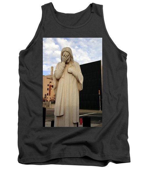 Weeping Jesus Statue In Oklahoma City Tank Top