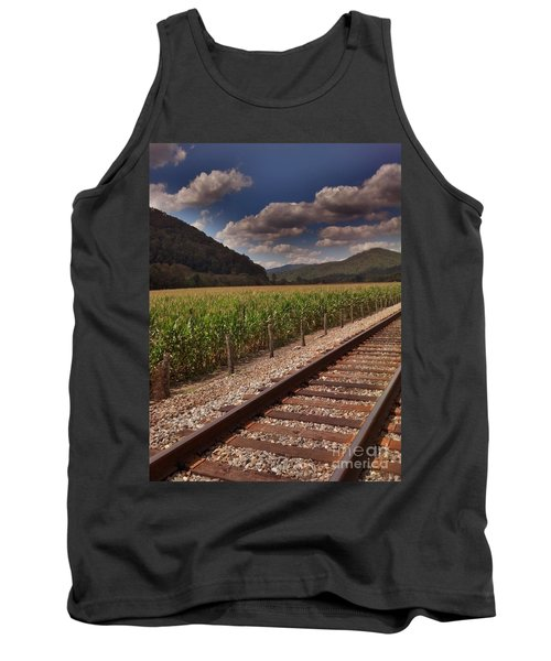 Tank Top featuring the photograph Del Rio Tennessee by Janice Spivey