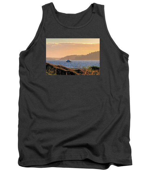 Twilight Tug -chambers Bay Golf Course Tank Top by Chris Anderson