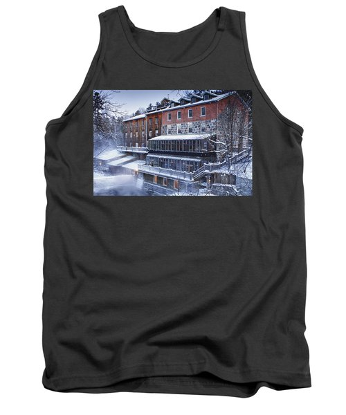 Tank Top featuring the photograph Wakefield Inn by Eunice Gibb