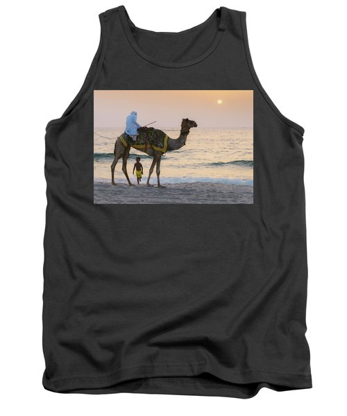 Little Boy Stares In Amazement At A Camel Riding On Marina Beach In Dubai, United Arab Emirates -  Tank Top