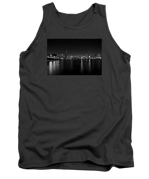Chicago-skyline 2 Bw Tank Top by Richard Zentner