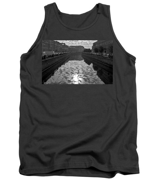 City Reflected In The Water Channels Tank Top