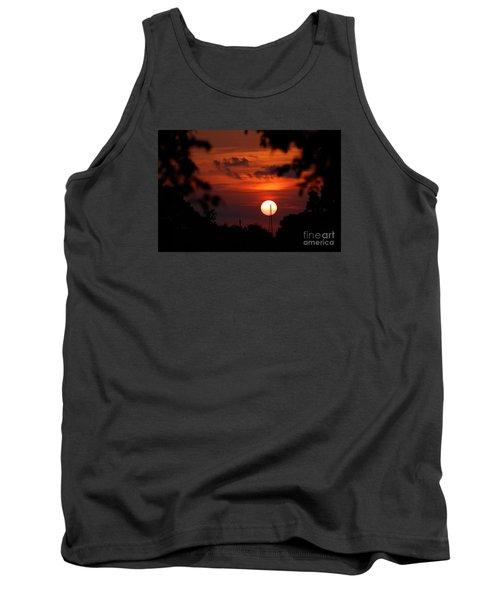 Sunset At Lake Hefner Tank Top