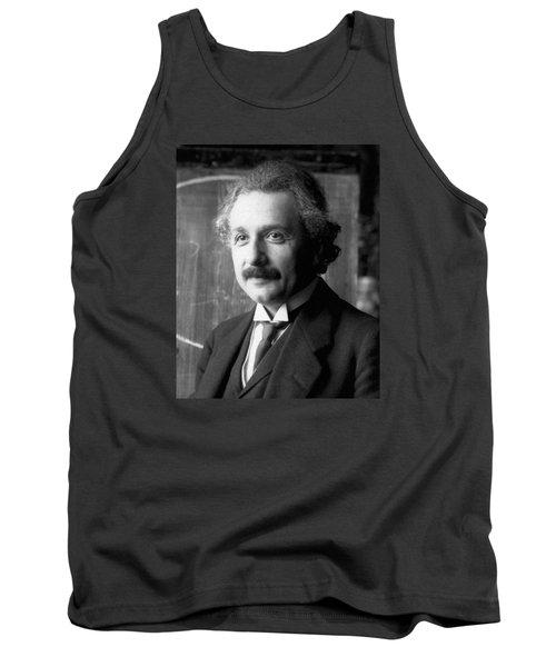 Albert Einstein Nel 1921 Tank Top