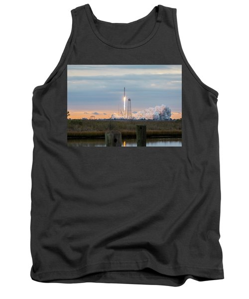 Antares Launch From Wallops Island Tank Top