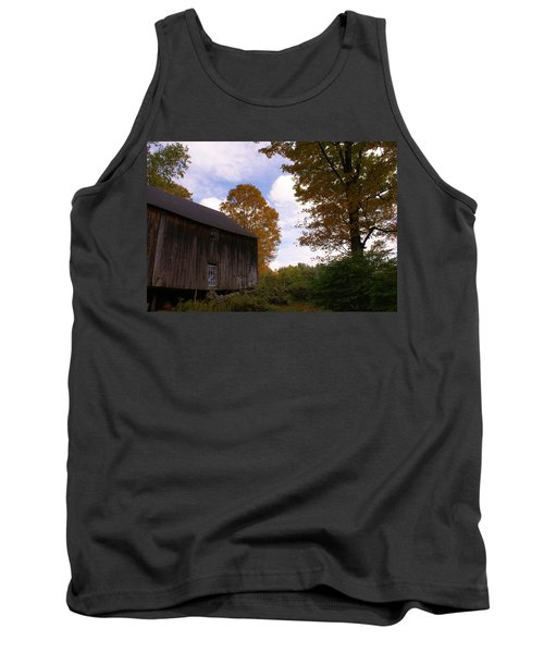 Barn In Fall Tank Top by Lois Lepisto